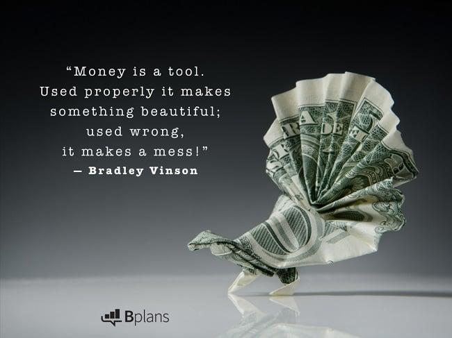 tiền là công cụ